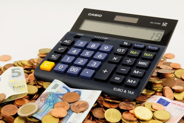 Calculate your expected expenses in Israel